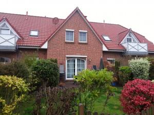 Bild: Ferienhaus Brandgans in Norden, 2 Schlafz., Bad, Gäste-WC, Terrasse, Garten